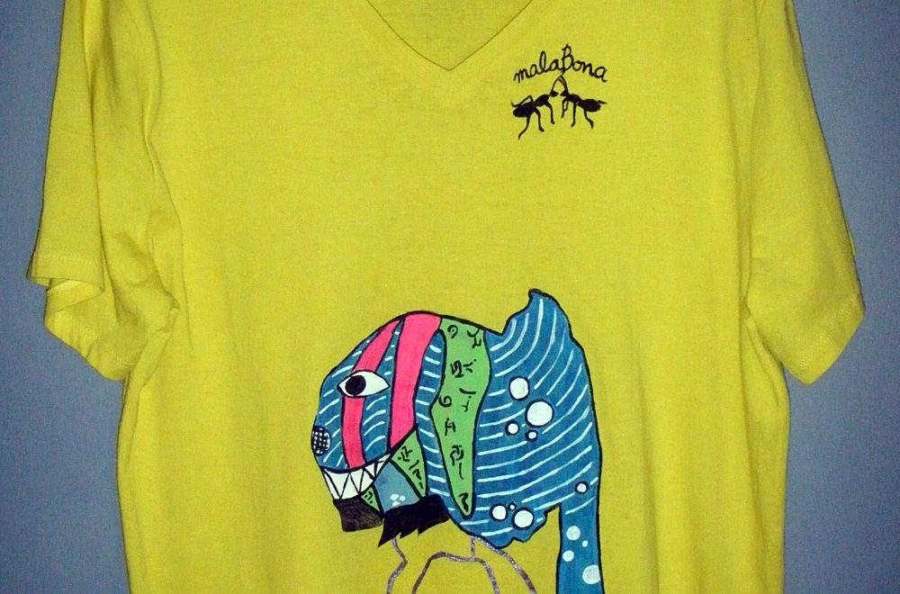 El regalo: Camiseta pintada a mano de Malabona