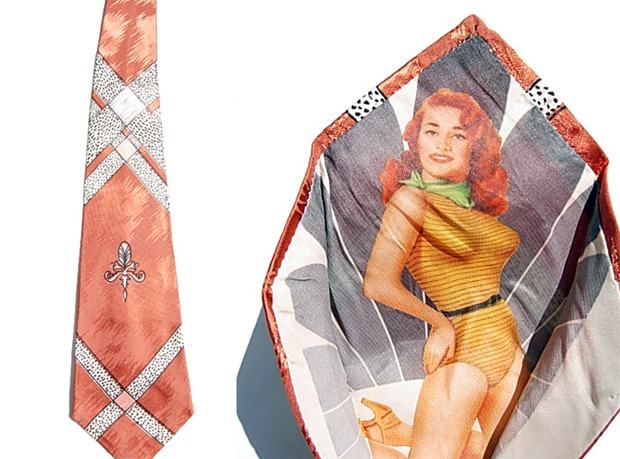 corbatas-con-pin-up-ocultas (3)