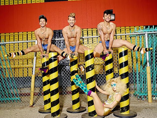Happy-Homotography-LaChapelle-7