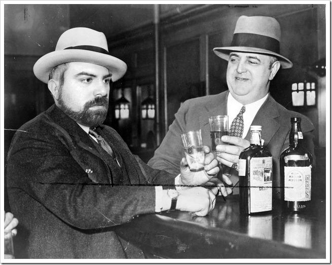 Historias de los anos 20… desde dentro Izzy_Einstein_and_Moe_Smith