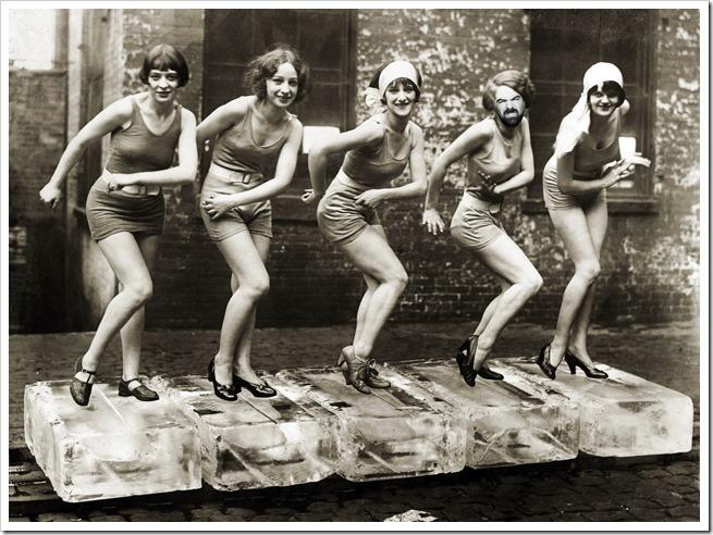 Female dancers performing the Charleston, 1926. Credit: ©Scherl / Sueddeutsche Zeitung Photo / The Image Works<br /><br /><br />