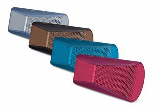 Logitech-X300-Mobile-Wireless-Stereo-2.jpg