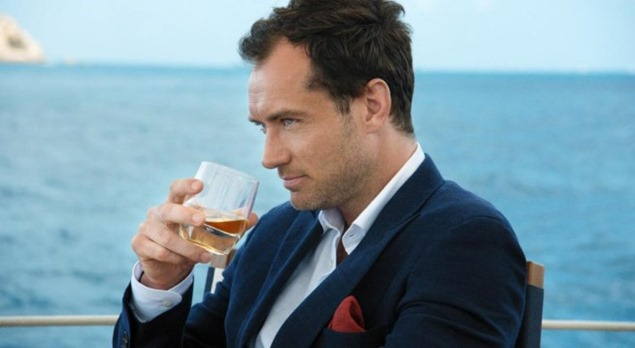 La apuesta del Gentleman de Johnnie Walker Blue Label con Jude Law