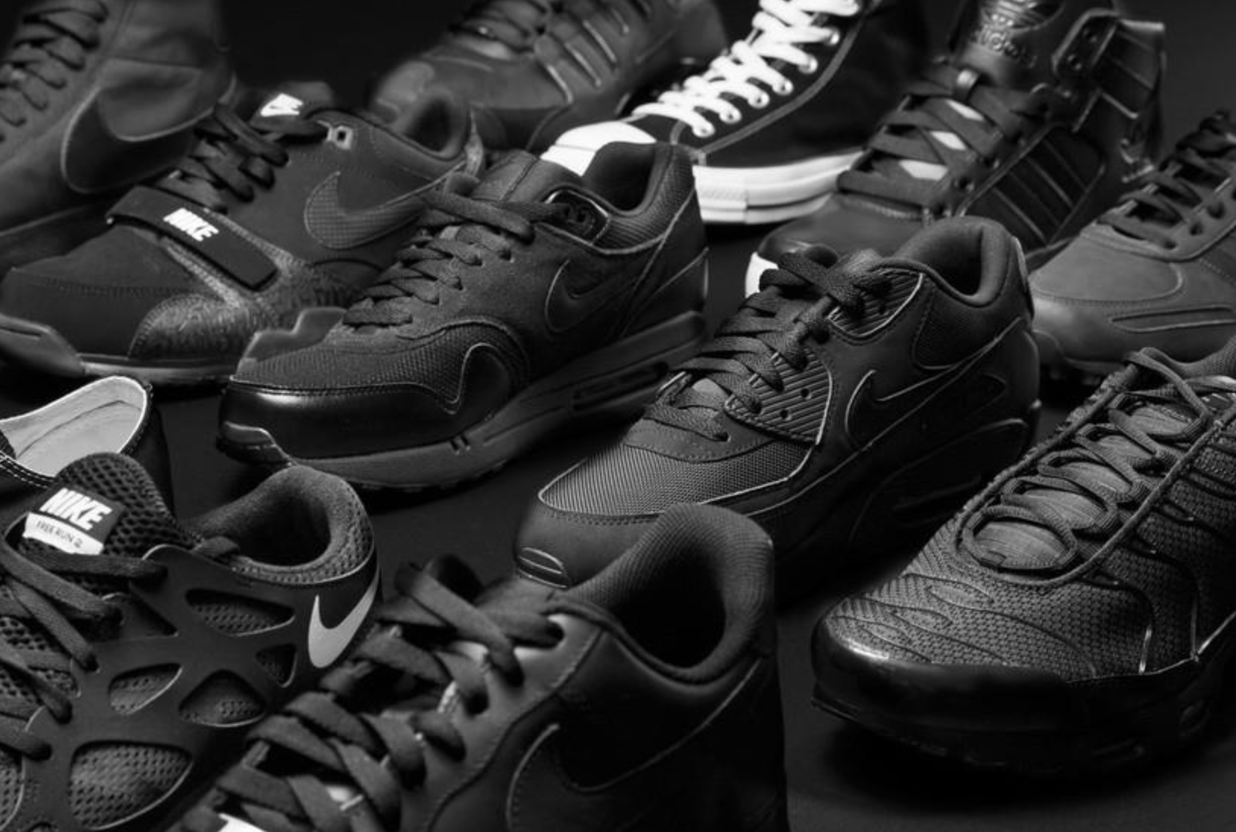 foot locker black (2)