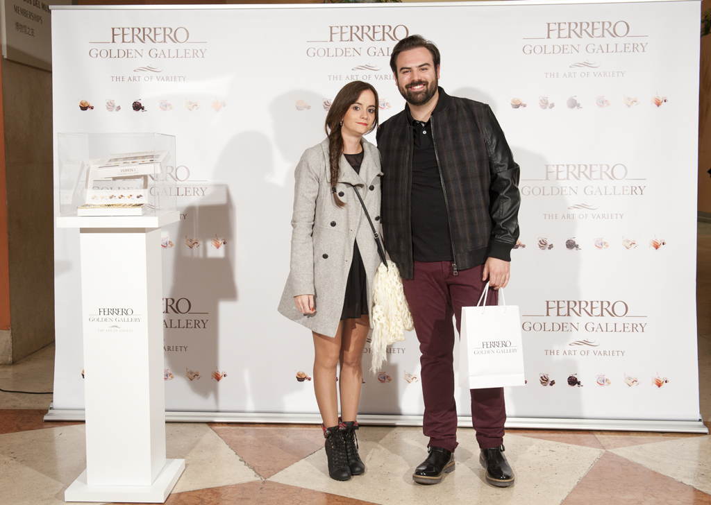 Ferrero Rocher Golden Gallery Gafas Amarillas (1)