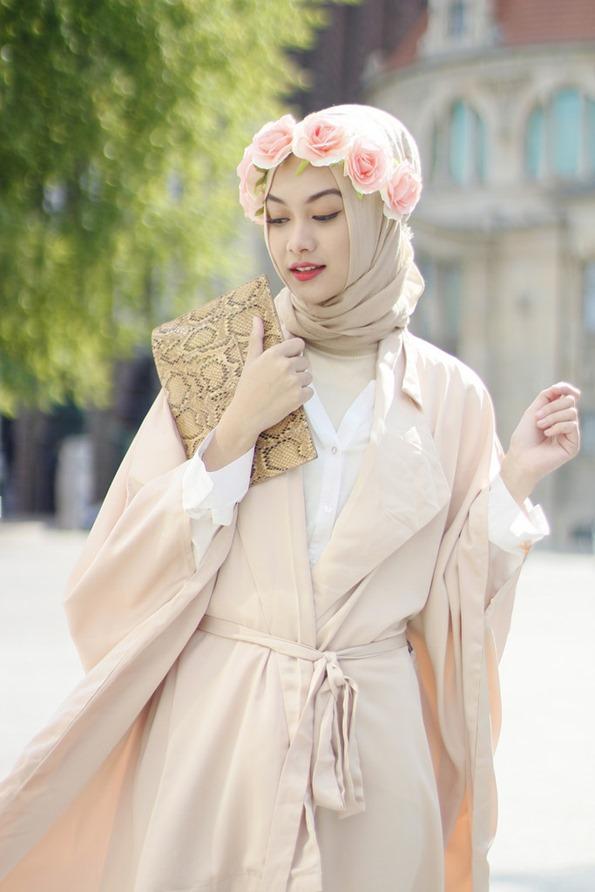 egoblogger hiyab (t3)