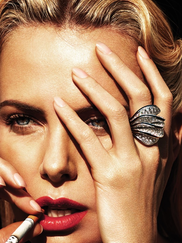 Editorial Charlize Theron en Mad Beautiful de WMAG (5)