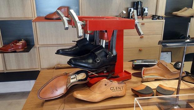 Experiencia Gafas Amarillas Zapatos a medida Glent Shoes (9)