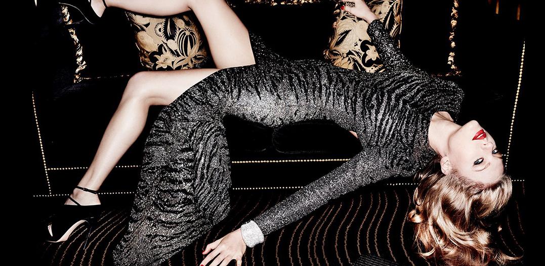 La femme fait de glamour intemporelle avec Taylor Swift + Mario Testino + Vanity Fair