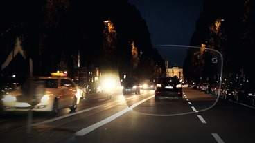 zeiss drivesafe Driving in the City at Night with Lens