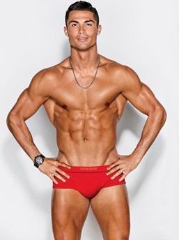 cuerpos perfectos cristiano ronaldo alessandra Ambrosio GQ (2)