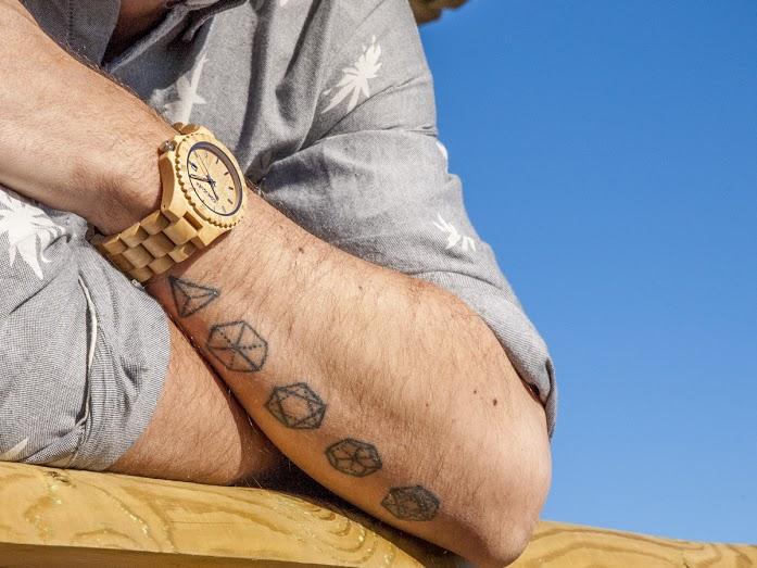 Fashion Uncover: Relojes de madera COHNQUER