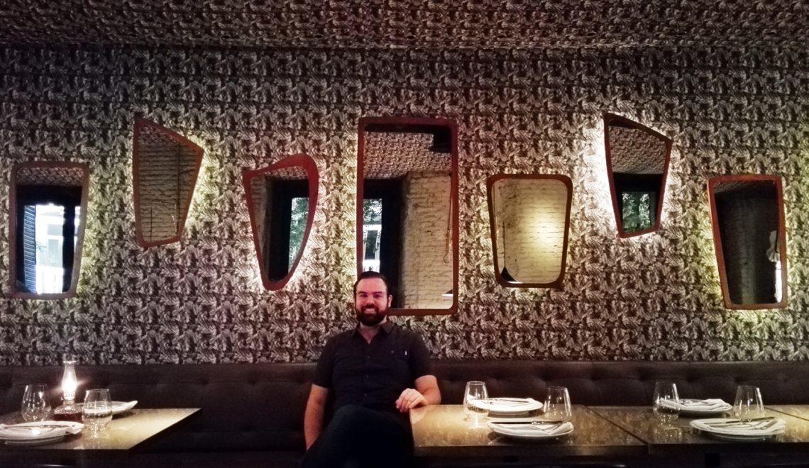 Experiencia Gafas Amarillas: Restaurante Random