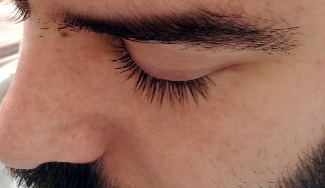 Experiencia Gafas Amarillas: 风格睫毛睫毛电梯 👀