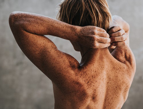 5 あなたが男性である場合は皮膚科医に行くの理由